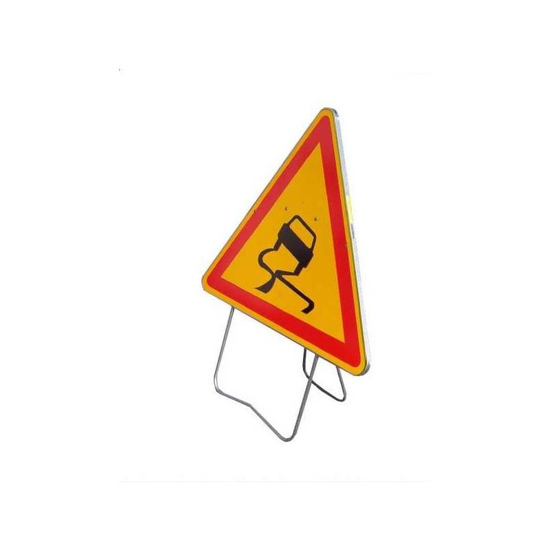 Panneau de signalisation AK4 - Chaussée glissante